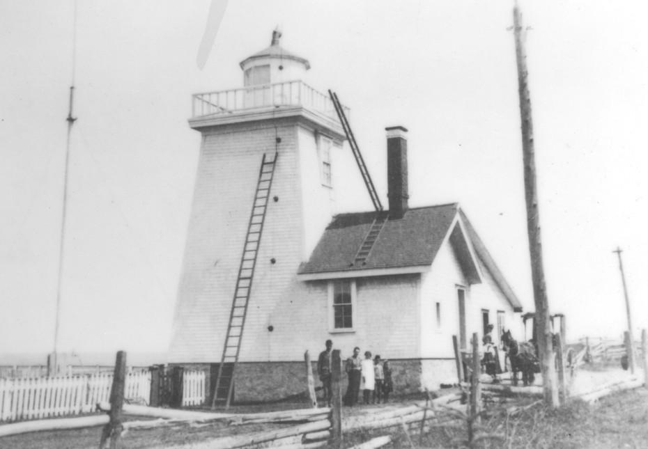 1903 Le gardien du phare et sa famille